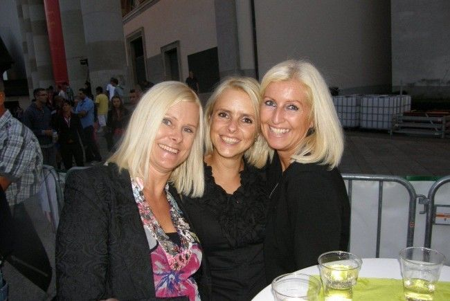 Christiane, Anita und Cornelia fieberten mit