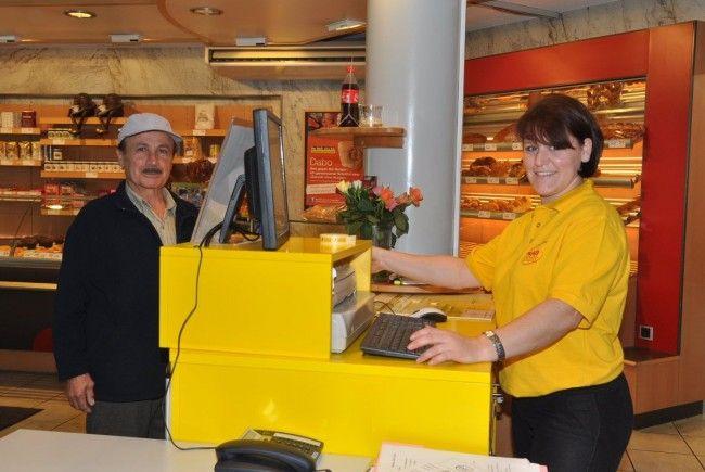 Die ersten Kunden haben sich beim neuen Post-Partner in Mäder bereits eingestellt.