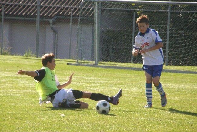 Schwarzacher U15-Kicker spielten 5:5