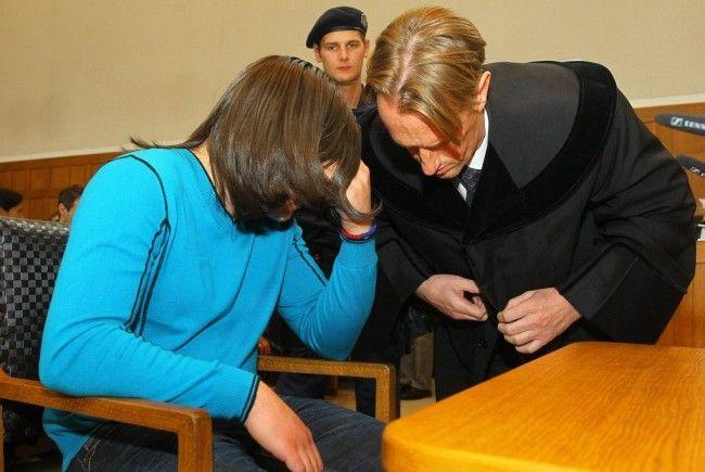 Pflichtverteidiger Edgar Veith und sein Mandant Milosav M. beim Prozess um die Tötung des kleinen Cains.