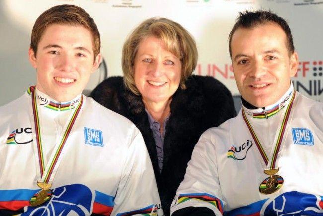 Das Weltmeister-Duo Schneider und Schnetzer feierten den nächsten WC-Erfolg.
