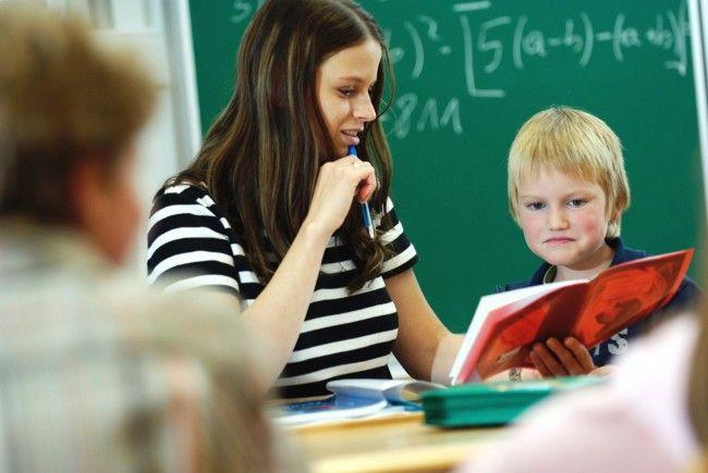Stemer: Vorarlberg kann Lehrermangel bewältigen - Mehrdienstleistungen sind aber notwendig.
