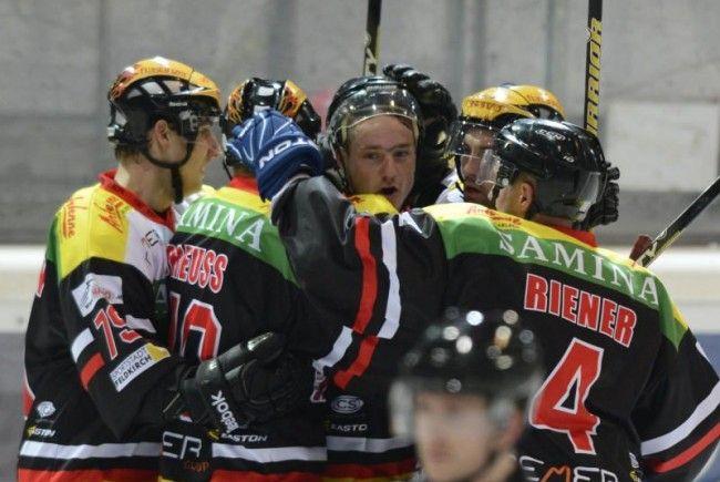 VEU Feldkirch jubelte gegen Zell am See zweimal, am Ende gab es keine Punkte zum Saisonstart
