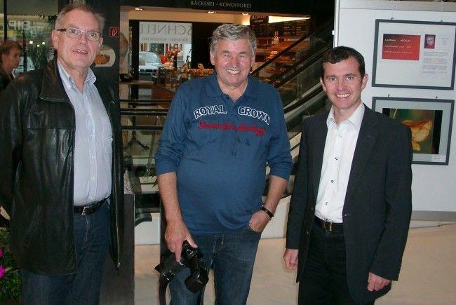 Hobbyfotograf Luggi Knobel freute sich auf den Besuch von Martin Summer und Alt-Bgm. Hans Kohler.