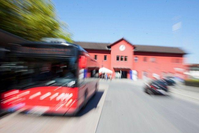 Die Dornbirner FPÖ fordert ein härteres Vorgehen am Bahnhof ein.