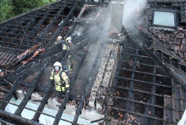 Zwischenwasser: Großeinsatz für sechs Feuerwehren.