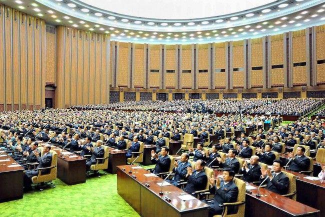 Das Nordkoreanische Parlament.