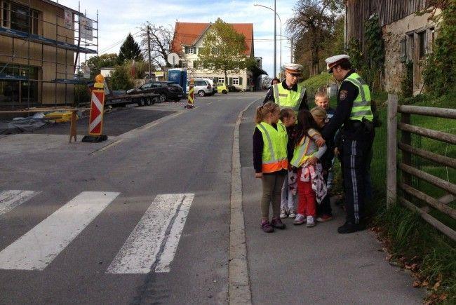 Kinder müssen mit Verkehrssituationen konfrontiert werden.