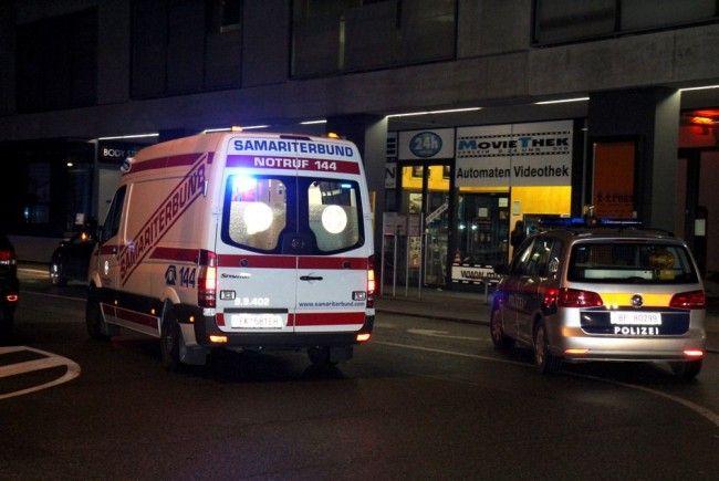 Jugendlicher in Feldkirch am Busplatz Hirschgraben niedergestochen.