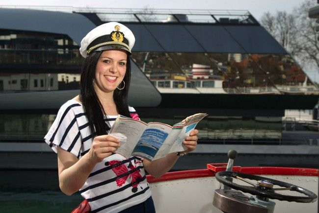 / 560.000 Fahrgäste in der Saison 2012 - Vorjahresumsatz von 3,6 Mio. Euro wird übertroffen.