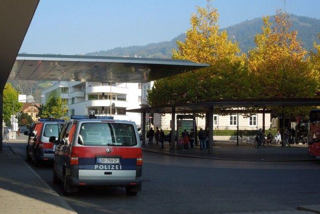 Im Bürgerforum wird erneut mehr Polizeipräsenz am Dornbirner Bahnhof gefordert.