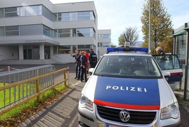 Vermeintlicher Amok-Alarm in der Schule Oberau in Feldkirch