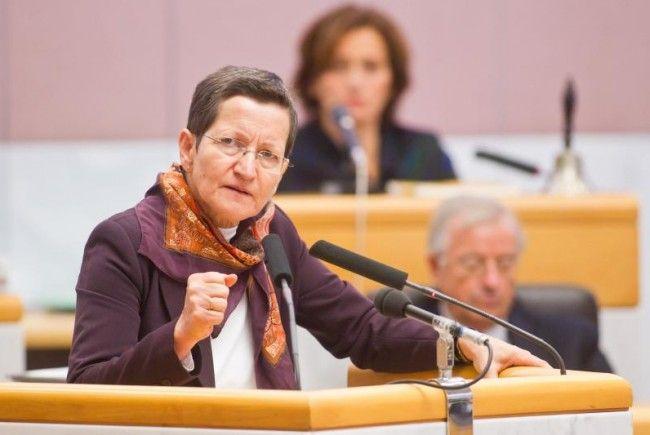 LR Schmid: Geld wird zur Umsetzung des Vier-Augenprinzips benötigt