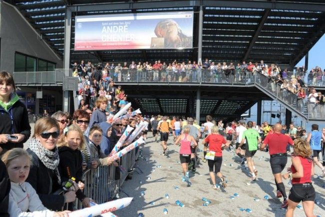 7.000 Läufer trotzten dem Regen beim Bodenseemarathon