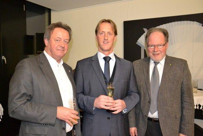 Hermann Metzler (ZM3), Rechtsanwalt Dr. Edgar Veith & Bürgermeister Werner Huber (v.l.)