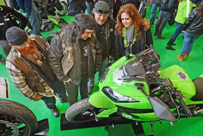 Bei der Kawasaki Ninja 300 stehen die Zeichen der Bewunderung auf grün.