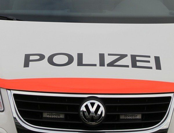 Schneller Fahndungserfolg der Schweizer Polizei - ein Tatverdächtiger wurde festgenommen.
