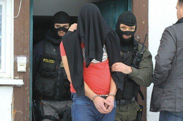 Der Tatverdächtige konnte nach dem Banküberfall in Koblach bereits nach 40 Minuten gefasst werden - vier Jahre Haft.