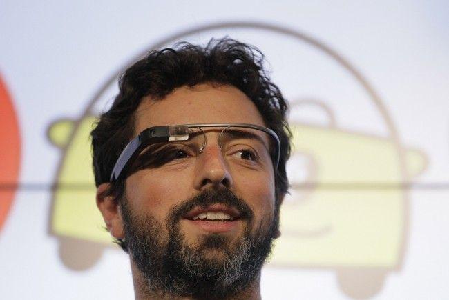 """Mitgründer Sergey Brin mit """"Google Glass"""". - DAB4095-20120925-650x435"""
