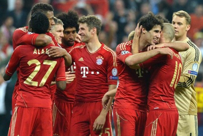 "Presse: ""Bayern München zermalmt den FC Barcelona."""