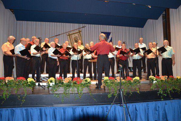 Der Männerchor Muntlix begeisterte die vielen Besucher.
