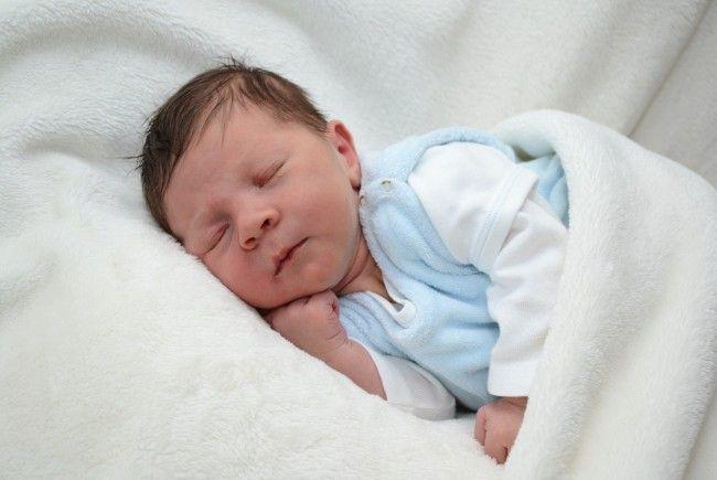 Geburt von Josef Friedrich Jussel am 25. Juni 2013 - Josef-Friedrich-Jussel-650x435