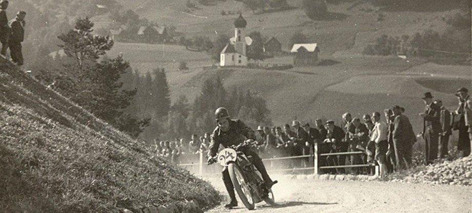 Manfred Noger hat dieses historische Bild vom 2. Bürserberg Rennen (1930) zur Verfügung gestellt.