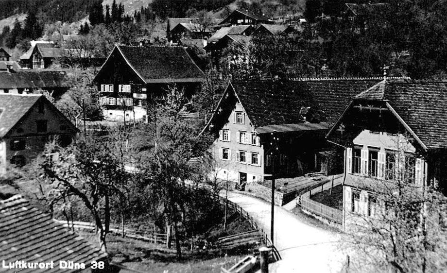 Düns im Jahr 1938.