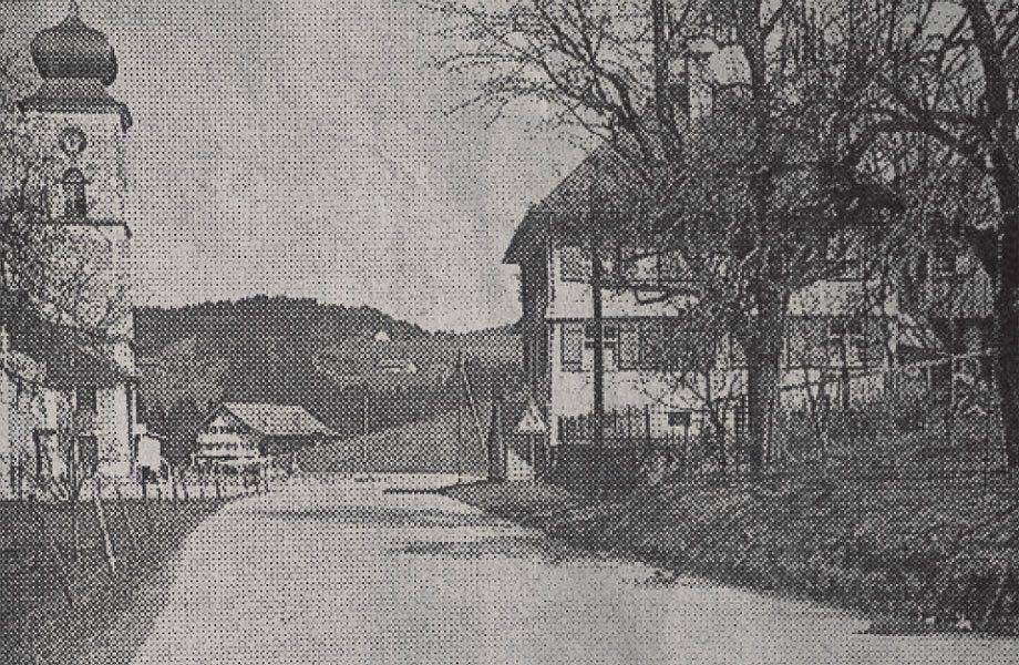 Im Bild links die von Alois Negrelli erbaute Pfarrkirche St. Bernhard um die Jahrhundertwende.