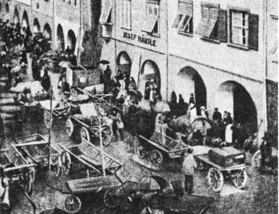 Der Feldkircher Wochenmarkt um 1900 - Marktgasse, Michael Felder Gasse und Melaunerweg.