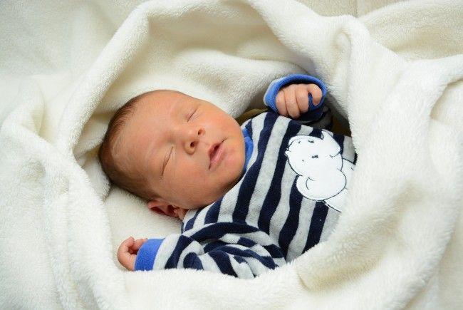 Geburt von Yusuf Kücükalbostan am 25. November 2013