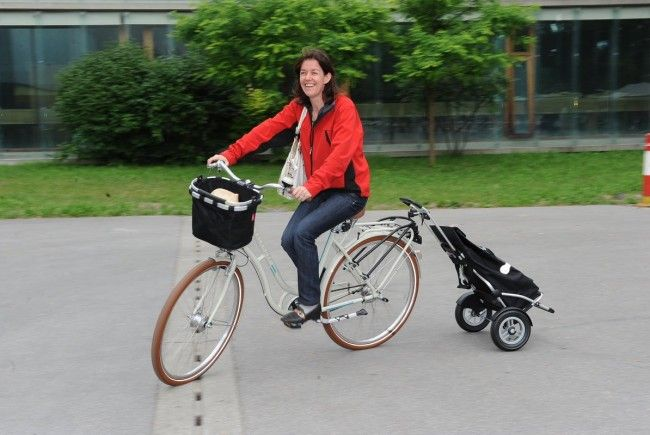 stadt f rdert auch fahrrad trolleys bregenz vol at. Black Bedroom Furniture Sets. Home Design Ideas