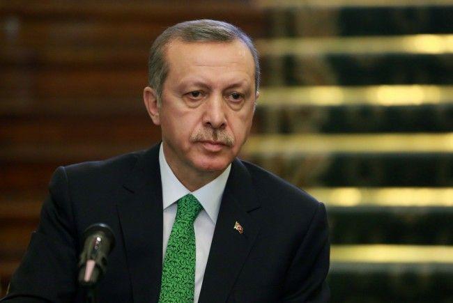 Erdogan lässt Twitter sperren - Twitter wies Benutzer umgehend auf Wege hin, die Blockade zu umgehen