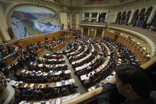 Das Bundeshaus in Bern ist Sitz des Schweizer Parlaments.