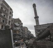 """Mindestens 15 Tote bei Luftangriff auf """"IS-Stadt"""""""