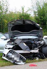 Sieben Verletzte bei Unfall mit mehreren Fahrzeugen