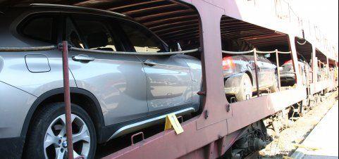 Autoknacker springen auf den Nachtzug: 10 Pkw aufgebrochen