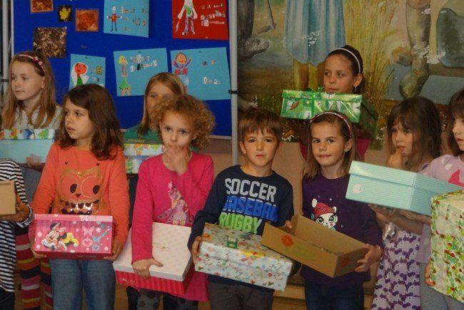 weltweite geschenkaktion für bedürftige kinder