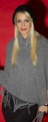 Aleksandra aus Rankweil trotzt den eisigen Temperaturen nicht nur mit einem Lächeln, sondern auch mit einem perfekten Winteroutfit.  Fotograf: VN/R. Paulitsch Styling: Chiara Bitschnau
