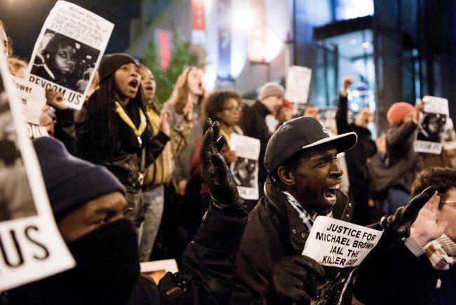 Ein Land in Aufruhr: Proteste in Ferguson greifen auf US-Großstädte über