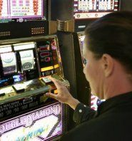 Automaten-Verbot – Novomatic droht mit Millionenklage