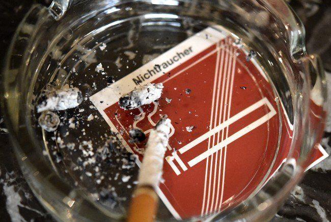 Das Rauchverbot in Gastronomiebetrieben nimmt immer mehr zu.