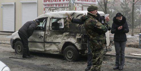 Tote Zivilisten in Mariupol: Wer ist für den Angriff verantwortlich?