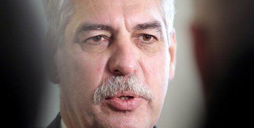 Finanzminister Schelling steht zu Sparen im Öffentlichen Dienst