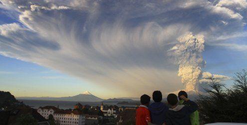 Südchile: Vulkan Calbuco stößt gewaltige Aschewolken aus