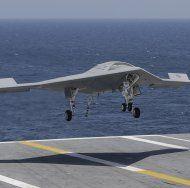 Unbemannte Drohne erstmals fliegend betankt