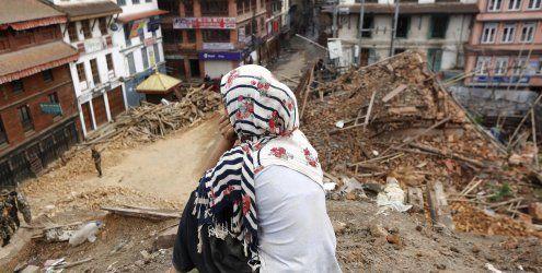 Mittlerweile mehr als 5.000 Tote nach Erdbeben in Nepal bestätigt