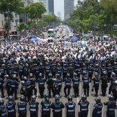 Taxifahrer in Mexiko-Stadt demonstrieren gegen Uber
