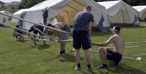 Traiskirchen ist restlos überfüllt: Neue Zelte an neuen Standorten