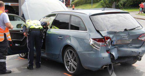 Autos in Andelsbuch kollidiert –Baby übersteht Unfall unverletzt